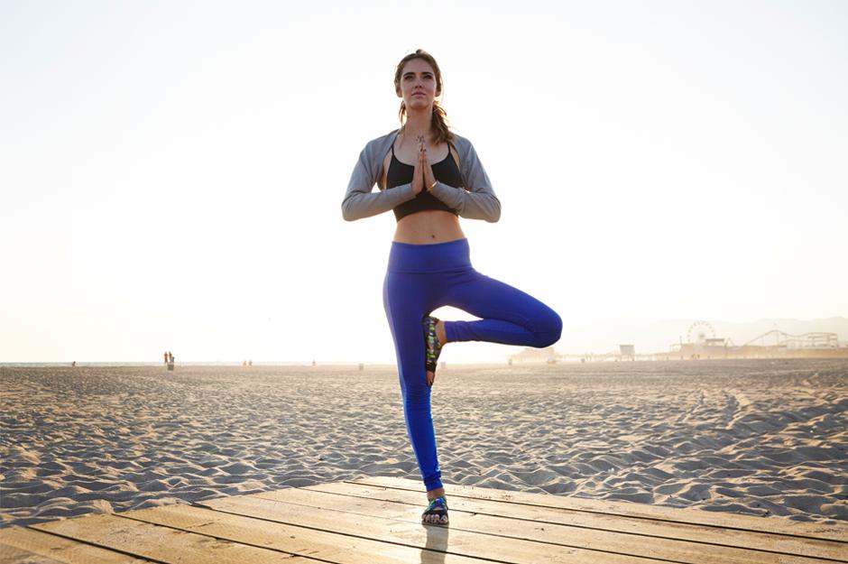 Chiara Ferragni Nike training Malibu Yoga 3