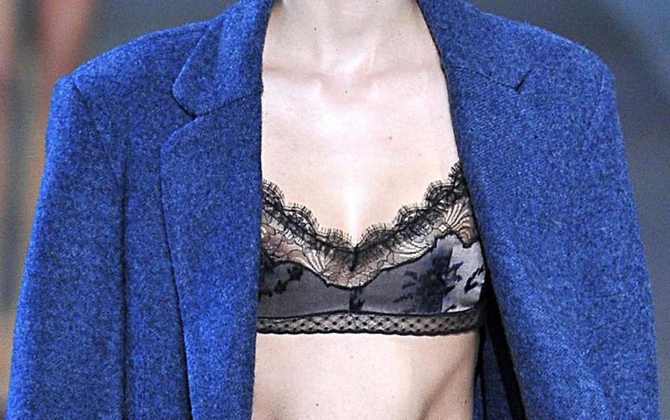 stylesight-intimate-details-runway-paris-fall-winter-2013-louis-vuitton-marc-jacobs-slip-dress-pajamas-boudoir-lingerie-4