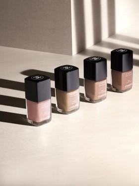 5 nail polish colors every girl should have
