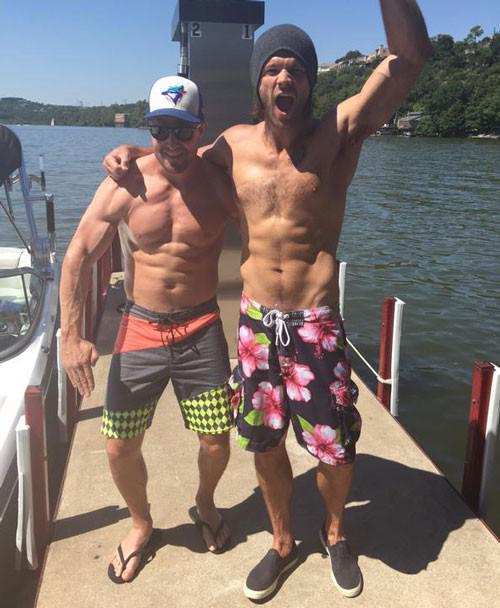 Jared Padalecki and Stephen Amell (Instagram)